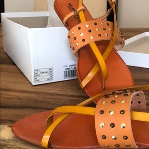 Pretty orange and mustard Vero Cuoio sandals